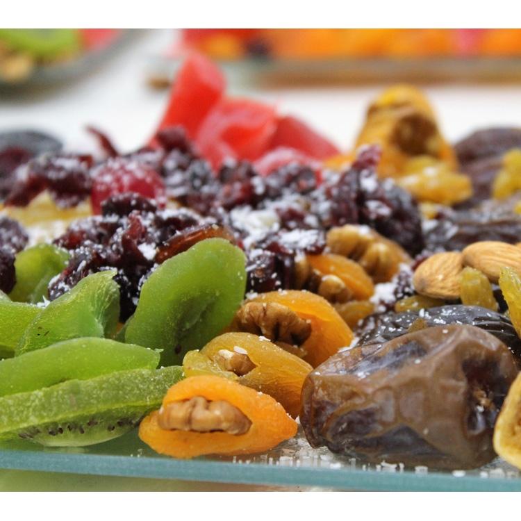 מגש פירות יבשים ממולאים עגול